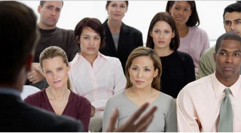 Business presentations & public speaking training for groups in Switzerland.