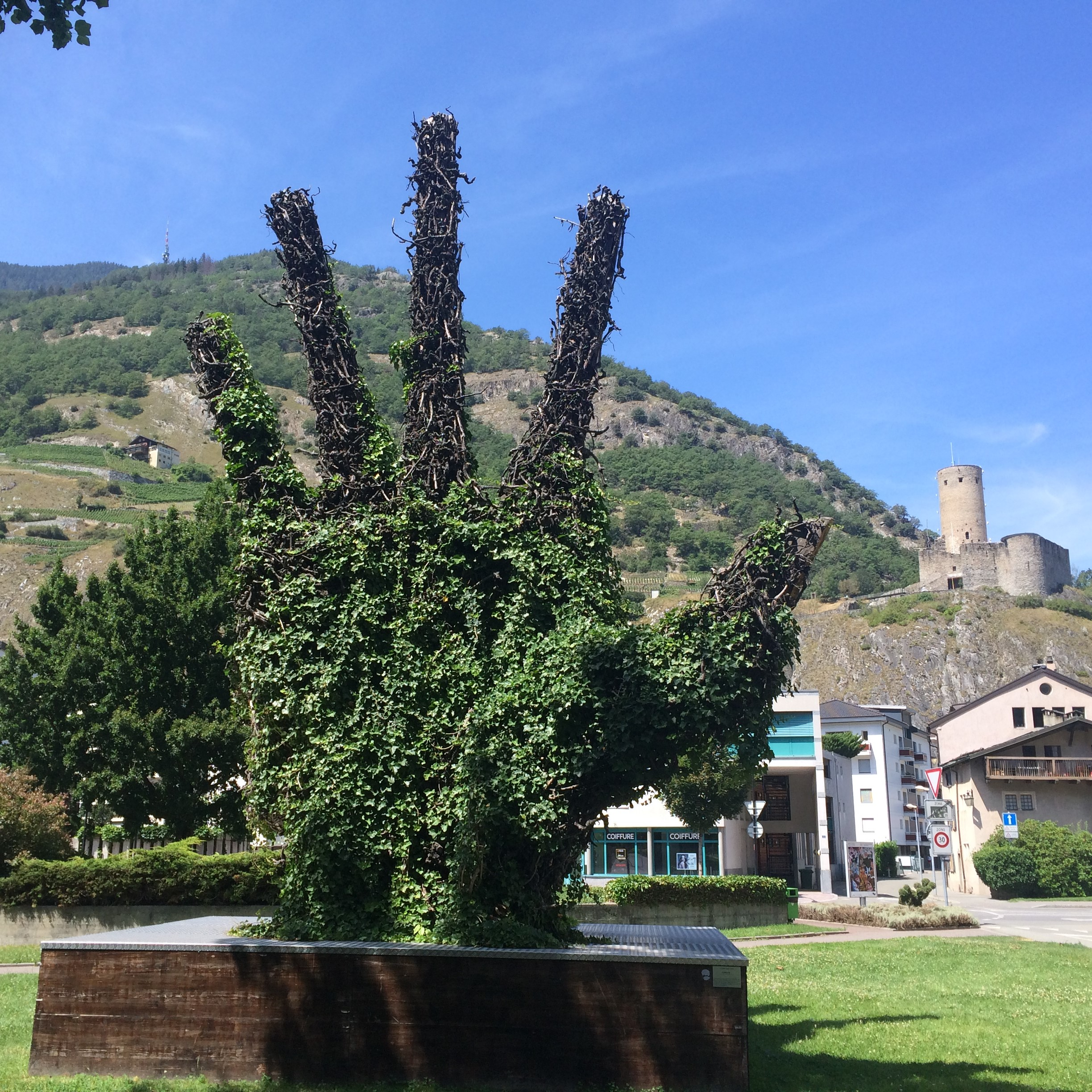 Martigny training art and castle